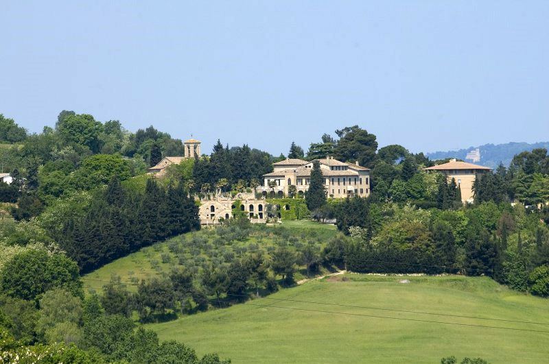 Villa Estate in Marche